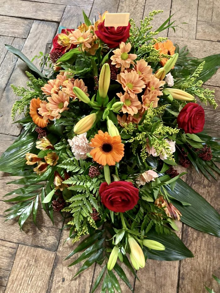 bouquet orange et rouge deuil Saint Cloud le Chapelin Fretz