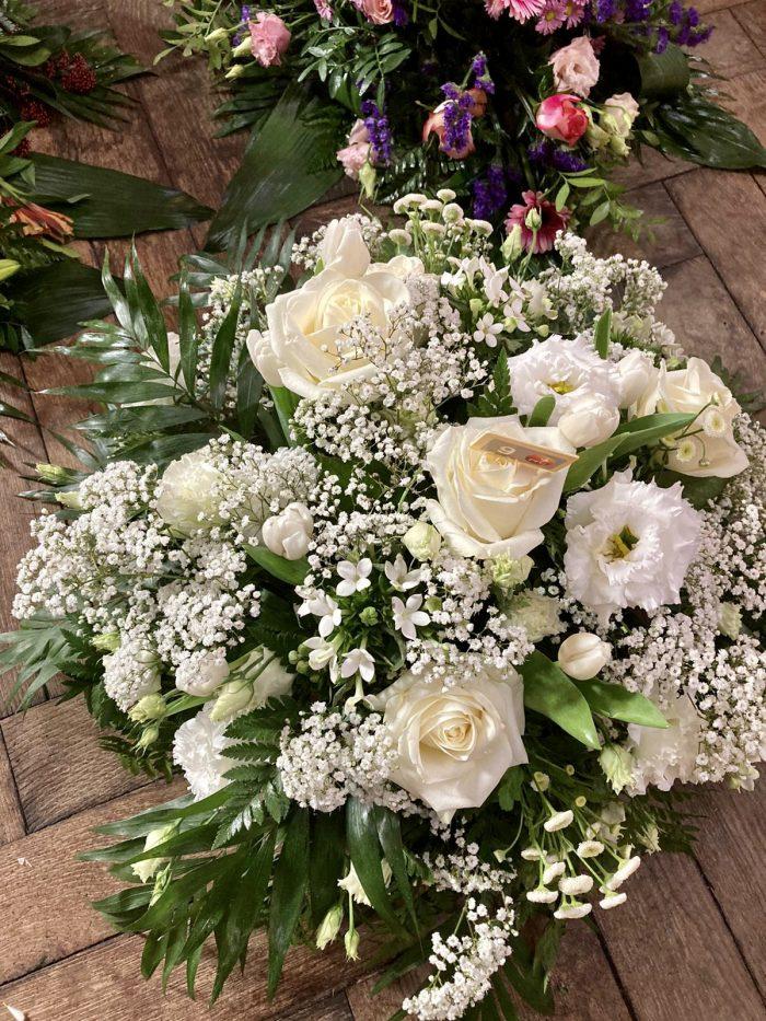 fleurs blanches deuil Saint Cloud le Chapelin Fretz