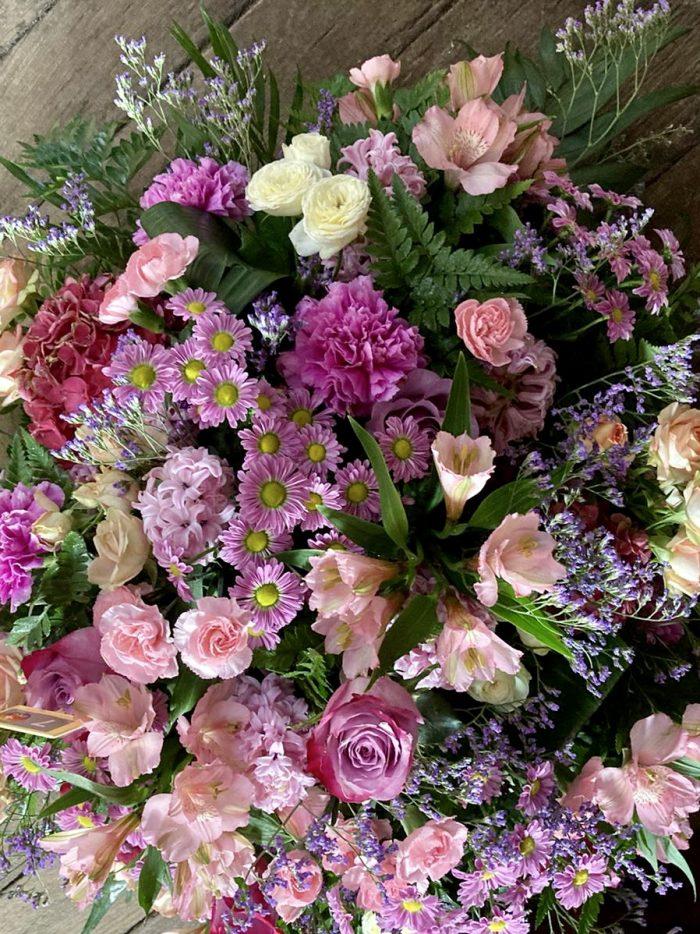 bouquet couleur rose deuil Saint Cloud le Chapelin Fretz